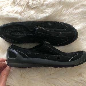 Clarks Privo black suede slip on mule sneaker shoe